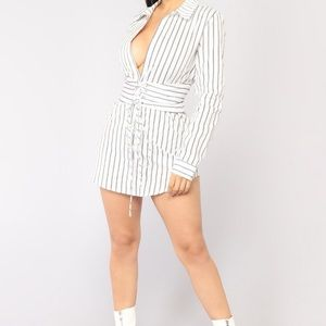 Fashion nova long sleeve dress